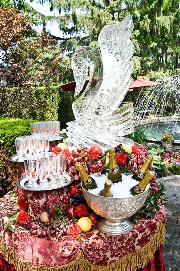 Westbury Manor Ice Sculptures